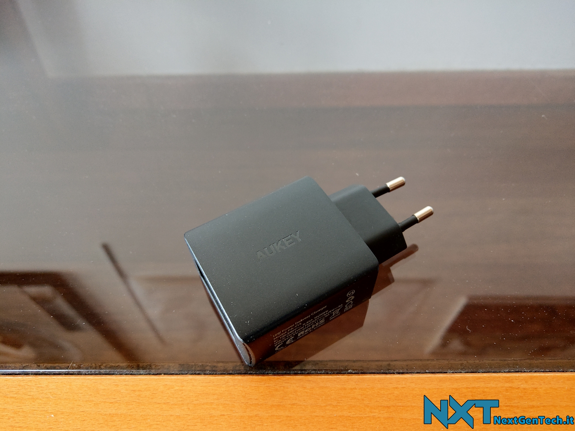 Aukey Caricabatterie da muro USB-C (2)