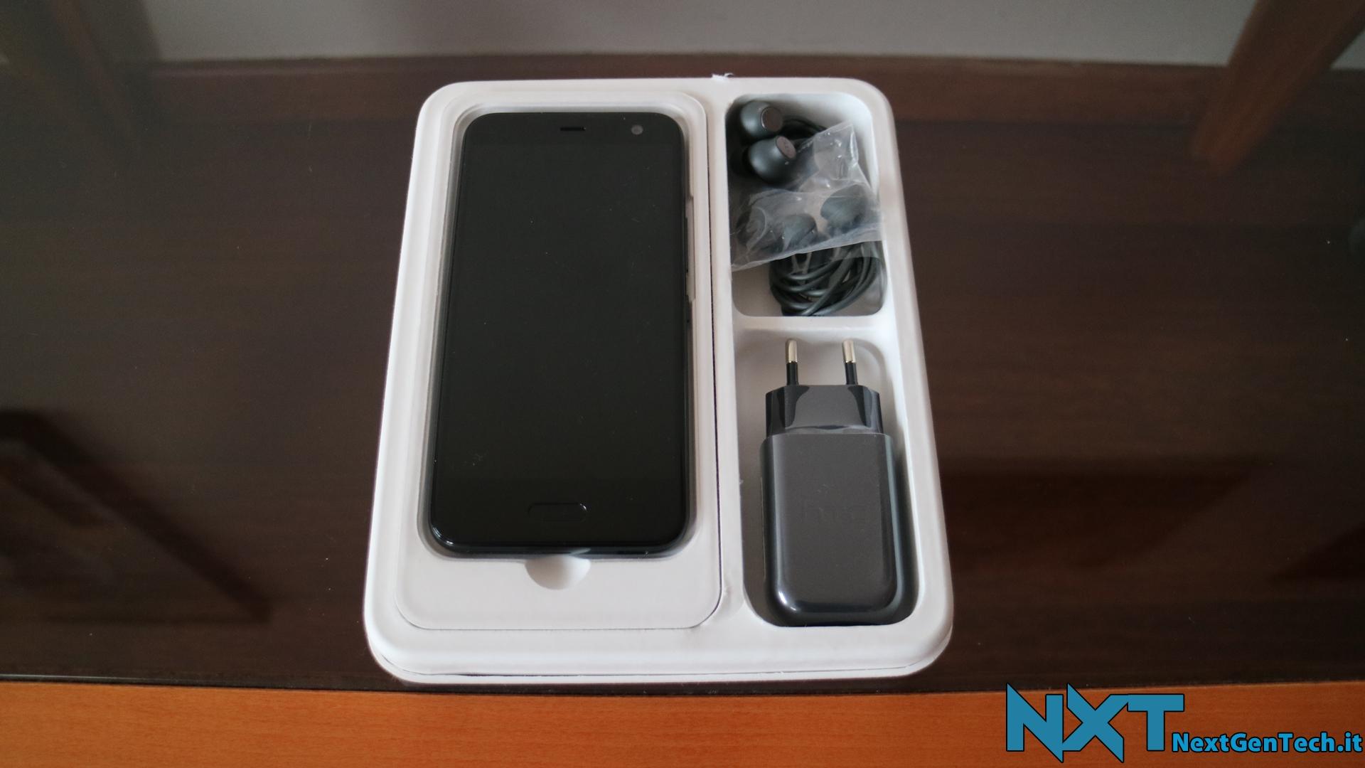 HTC U11 Life (3)